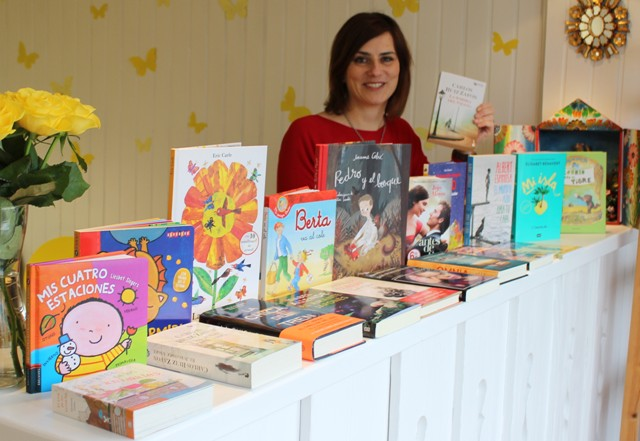 Bibliomagia bei einem Pop-Up Verkauf spanischer Bücher