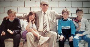 Levteris Mantzikas und seine Enkelkinder